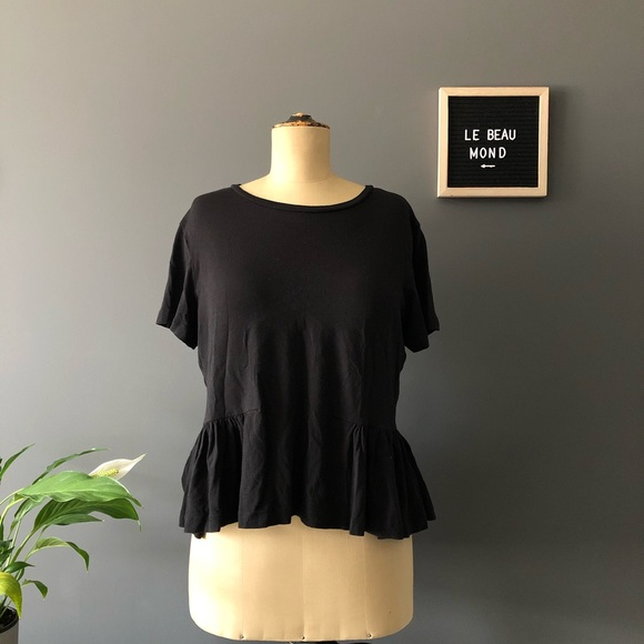 🌞2/$30 Aritzia Sunday Best Minerva T-Shirt Medium